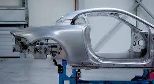 Carrozzeria in alluminio per la nuova Renault Alpine