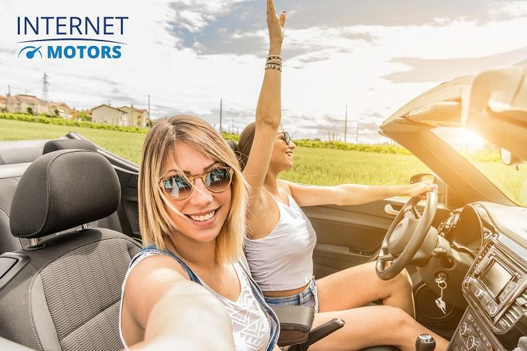 I millennial italiani comprerebbero online tutto tranne l'auto