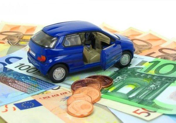 Rc auto: prezzi in diminuzione, grazie anche alla scatola nera