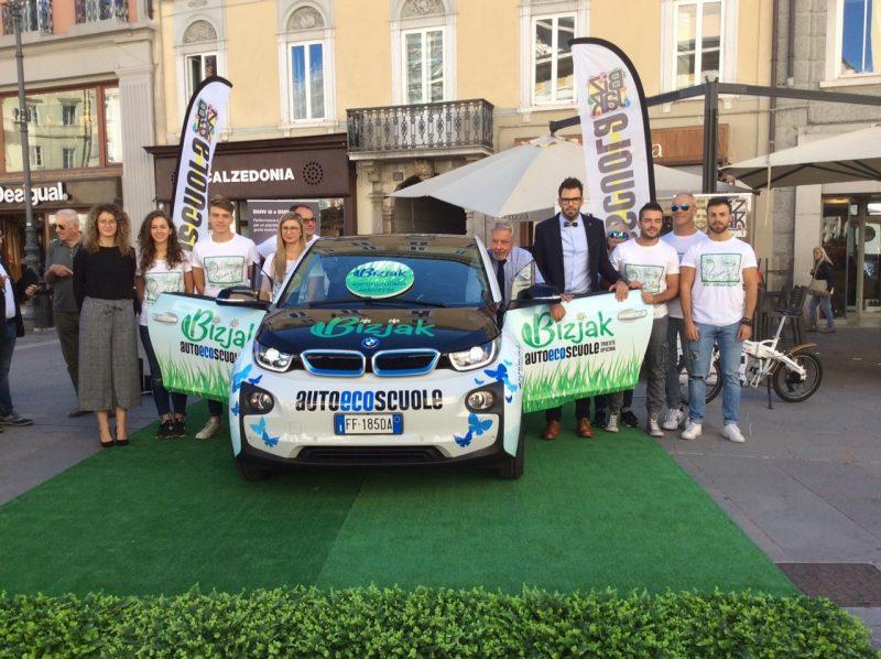 A Trieste la prima scuola guida d'Italia su auto elettrica