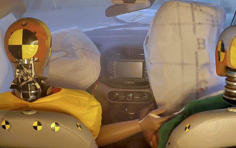 Hyundai introduce il primo airbag che protegge da collisioni multiple