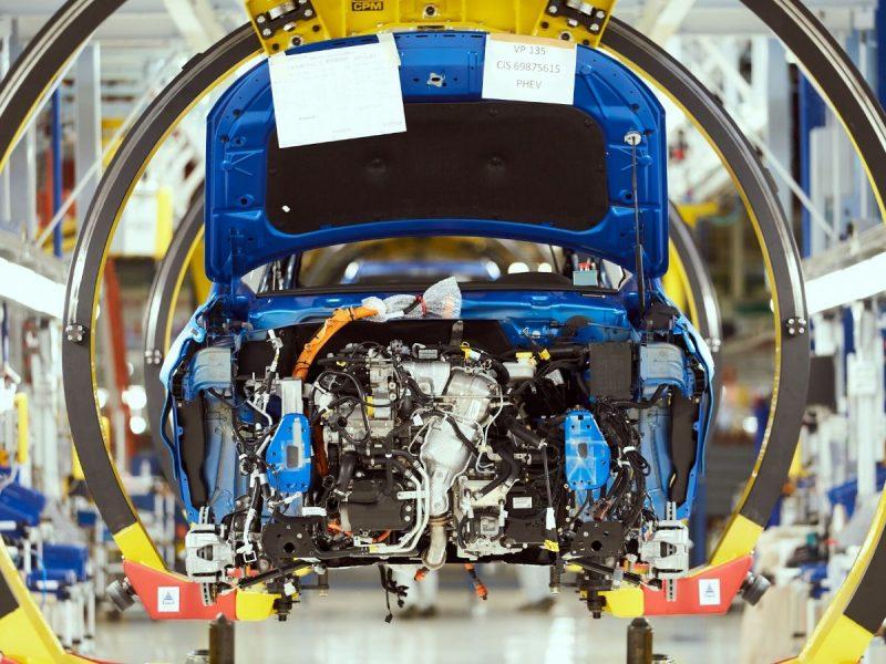 Covid-19, crolla la produzione automotive italiana a marzo