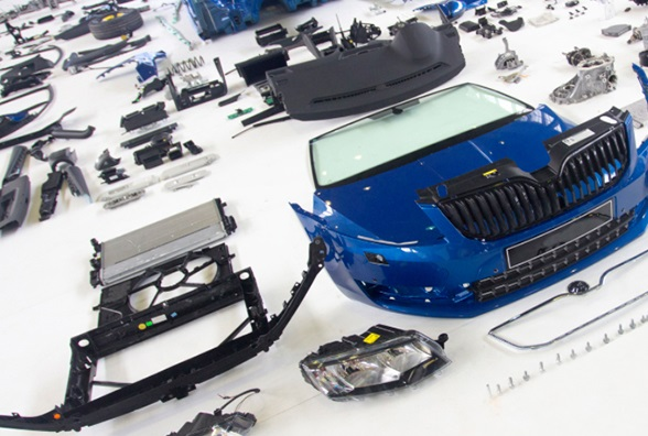 Ricambi carrozzeria originali: l'analisi di DAT rileva aumento dei prezzi